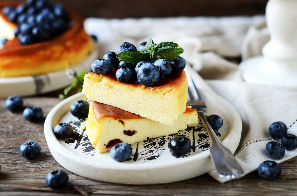 cottage cheesecake and blueberries