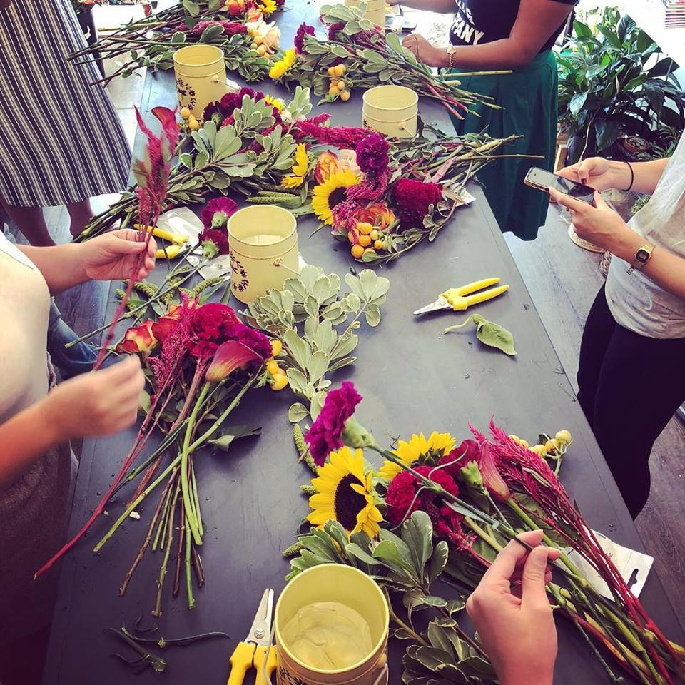 Flower arranging class for beginners at L'Enfant Flower shop and Cafe