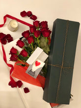 Load image into Gallery viewer, dozen rose, delivery dozen rose, dc red rose delivery, anniversary red rose, dc red rose, box rose