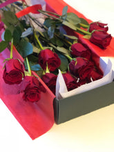 Load image into Gallery viewer, dozen rose, delivery dozen rose, dc red rose delivery, anniversary, red rose, dc red rose