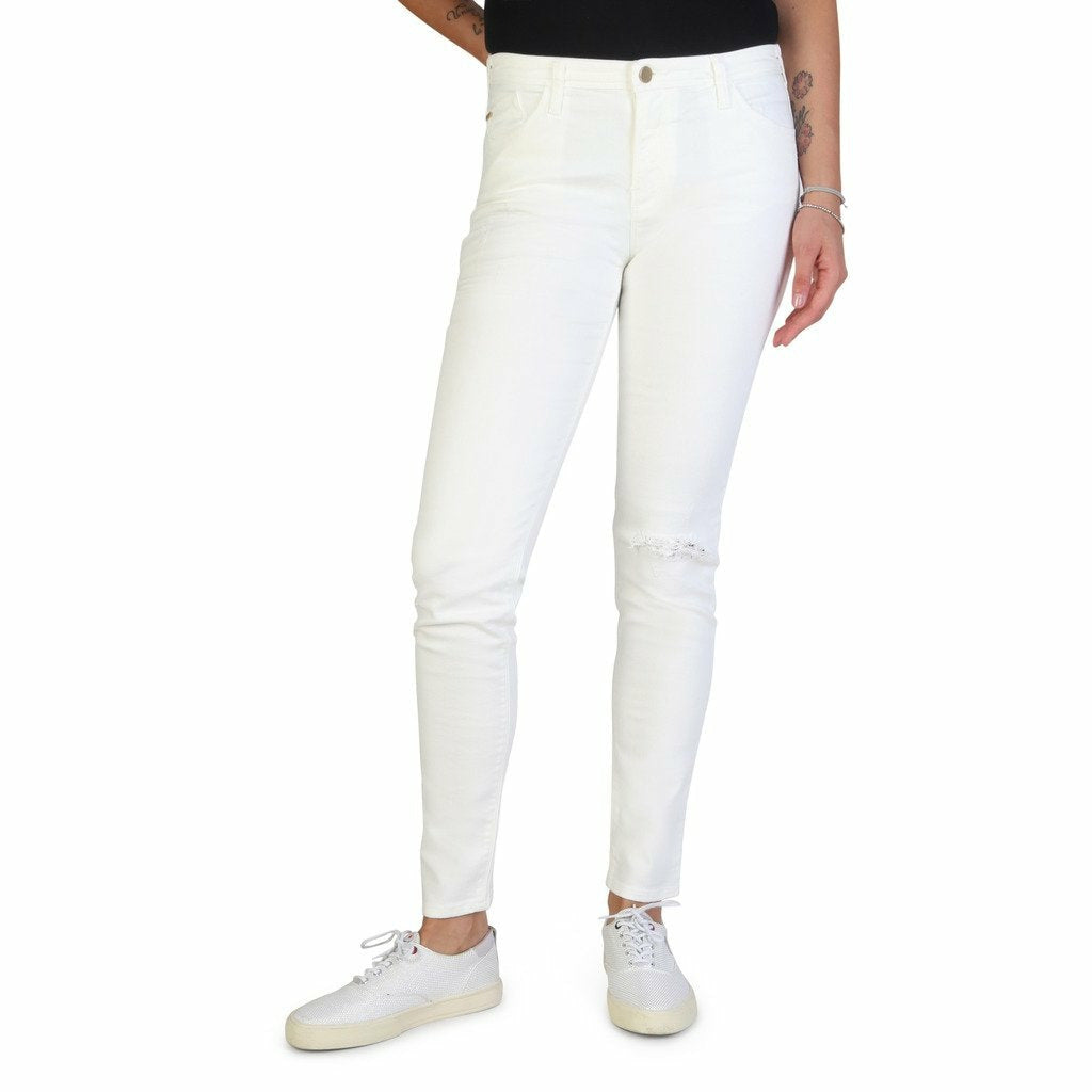 White Cotton Jeans with Front and Back Pockets
