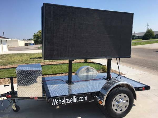 4'x8' Mobile Digital Billboard