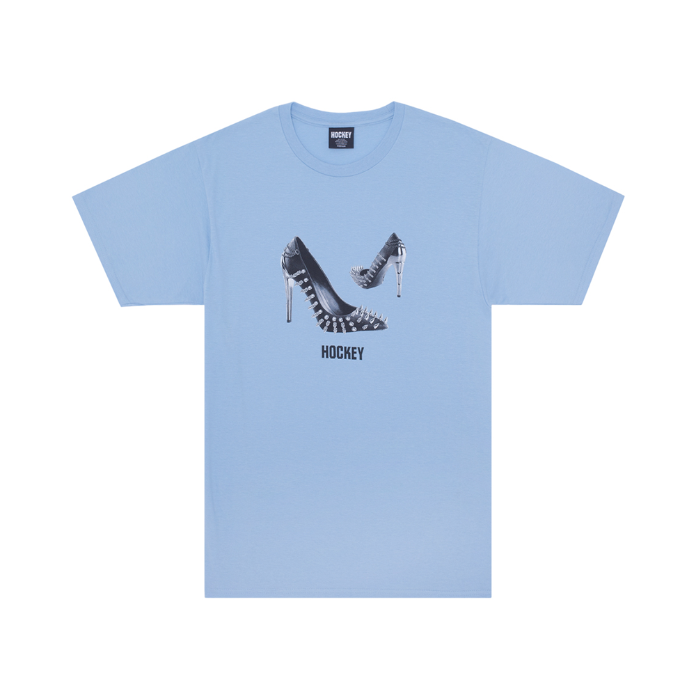 HOCKEY SPIKED HEEL TEE LIGHT BLUE