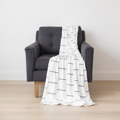 Premium Stretch Throw Blanket - Omi