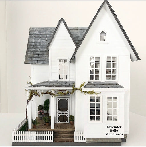 White Haven Farmhouse - 1:24 scale