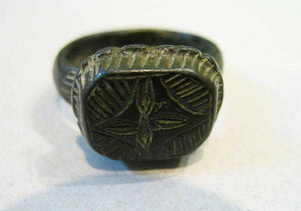 Byzantine Bronze Ring, with Engraved Cross, 7th -11th Century AD | 0327