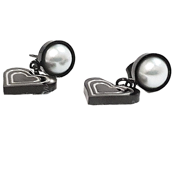 Pearl & Heart Earrings