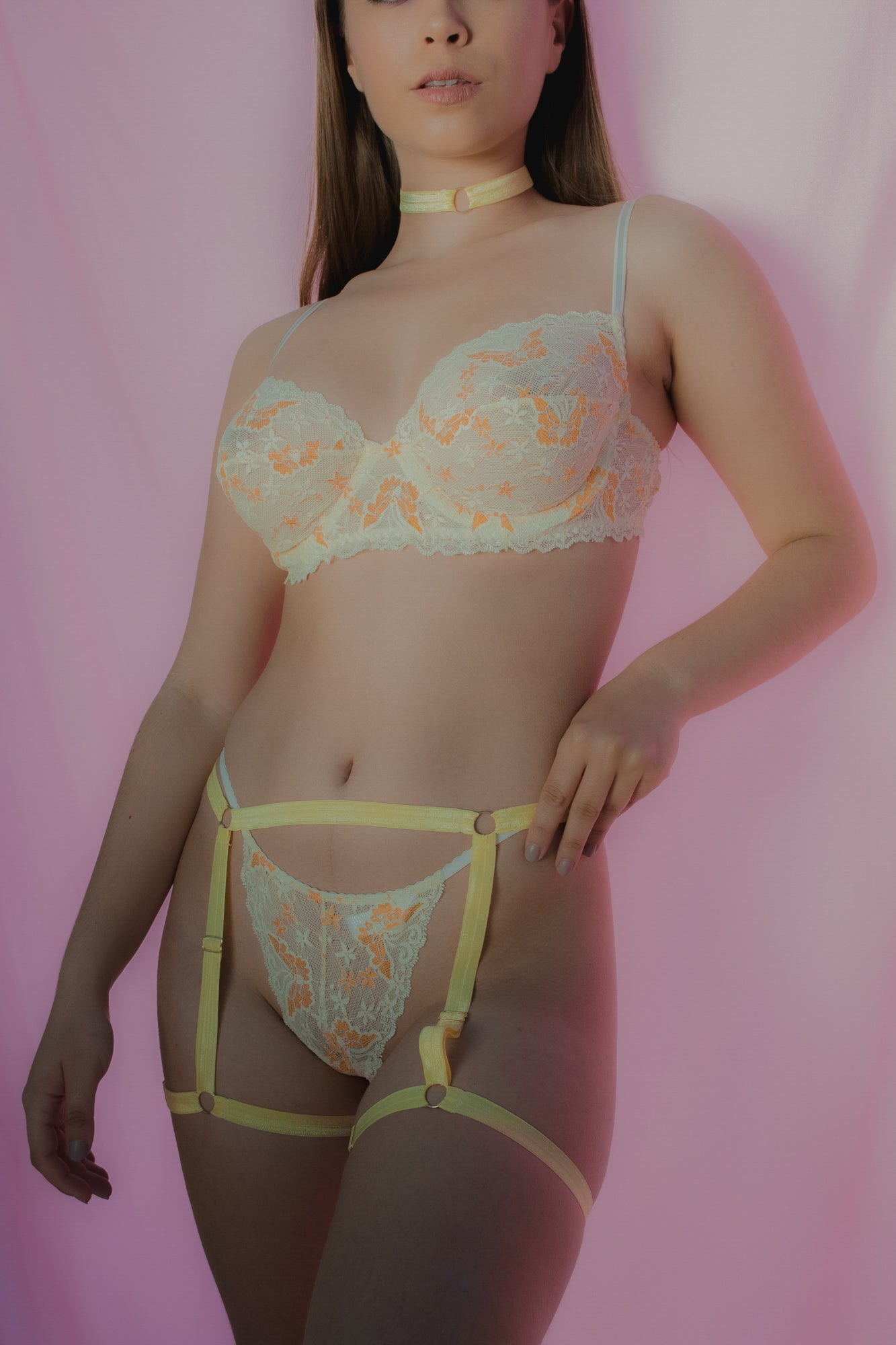 Yellow lace underwire bra front