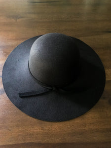 Black Hat with Tie