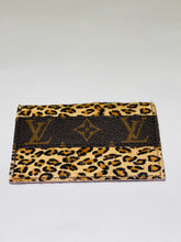 Load image into Gallery viewer, Leopard Louis Vuitton Card Holder