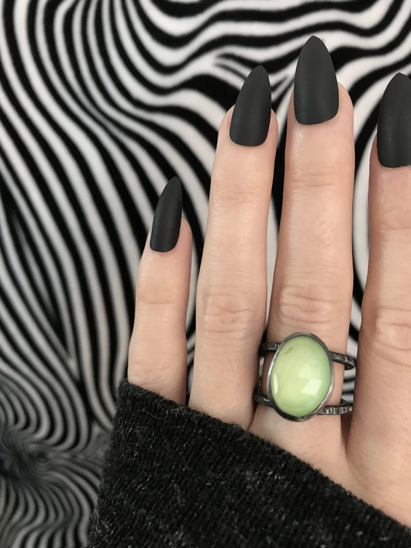 Glowing Green Quartz Orbit Ring