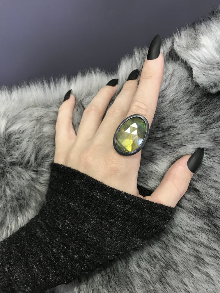 Green/Gold Rose Cut Labradorite Orbit Ring - Size 9