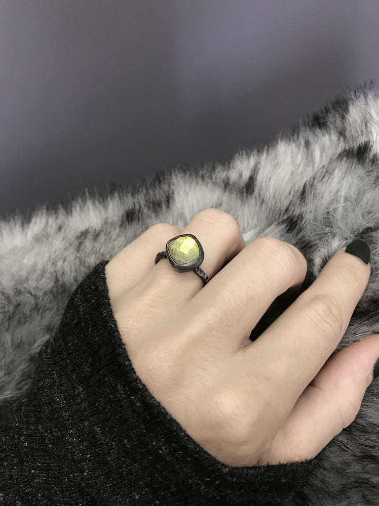 Champagne Checker Cut Labradorite Ring - Size 5.5