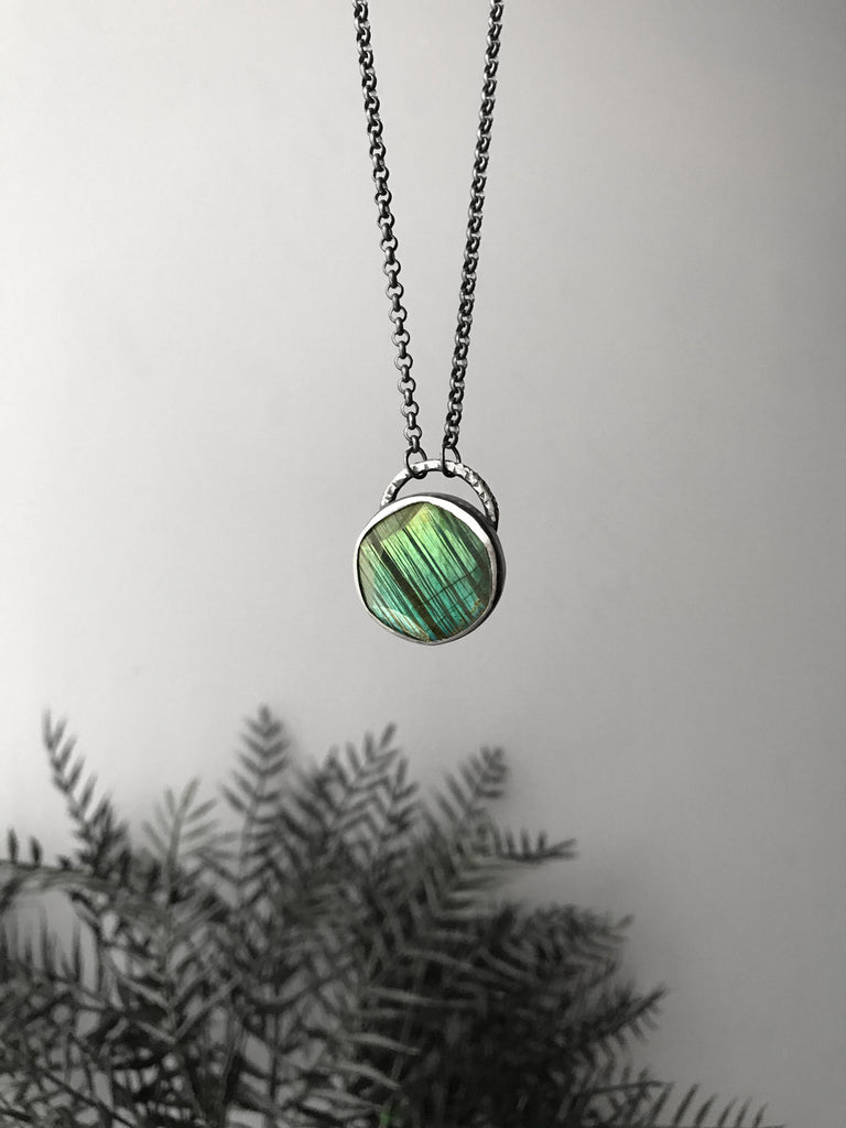 Diagonally Striped Blue-Green Labradorite Pendant