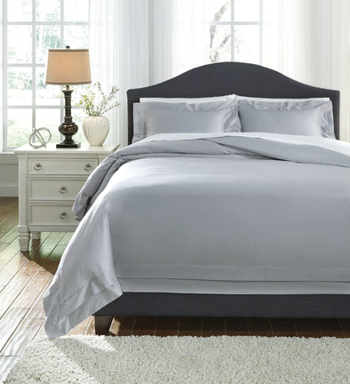 Chamness - Gray - Queen Duvet Cover Set