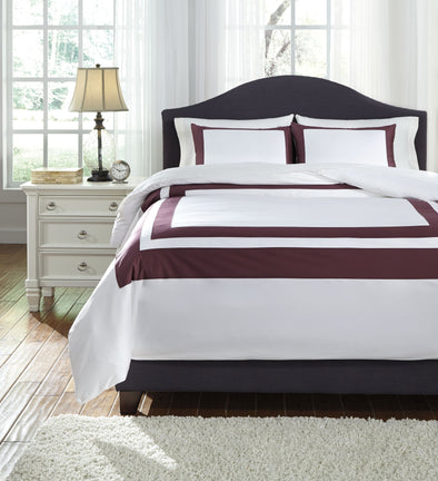 Daruka - Plum - Queen Duvet Cover Set