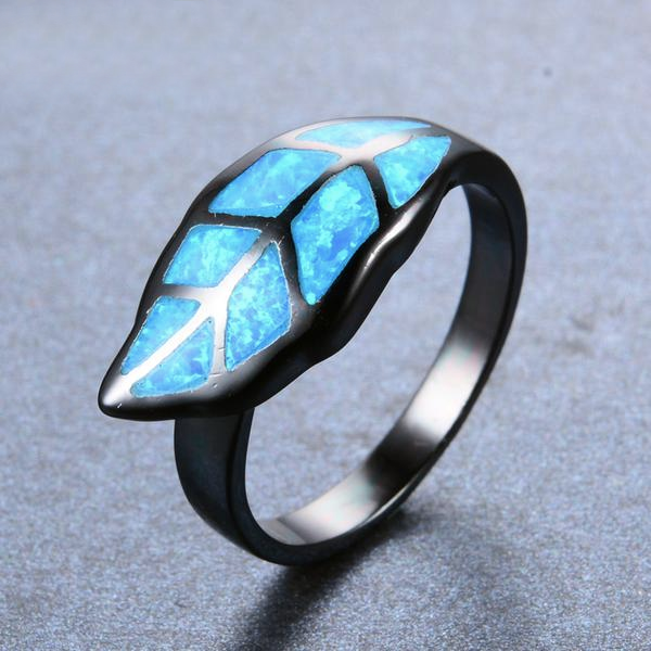 Luxxurio Leaf Blue Fire Opal Ring