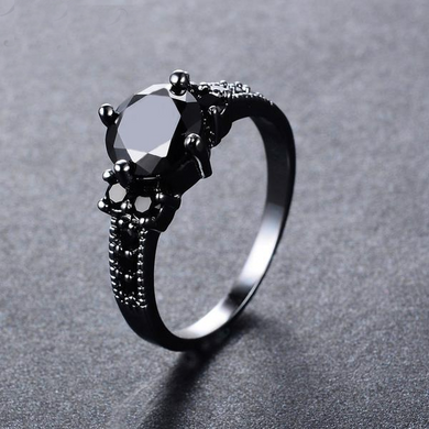 Luxxurio Black Gem Zircon Ring