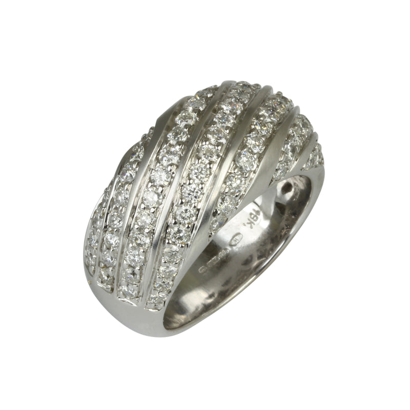 18k White Gold Diamond Wave Top Ring