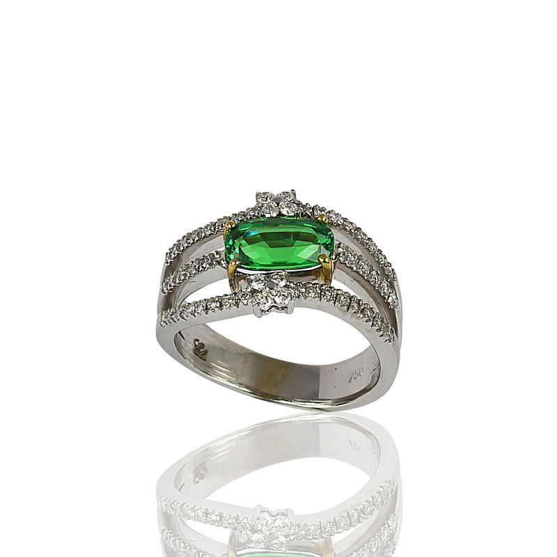 18k Gold Tsavorite & Diamond Ring