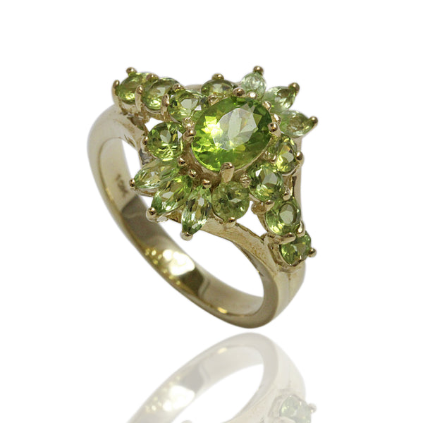 10k Gold Peridot Ring