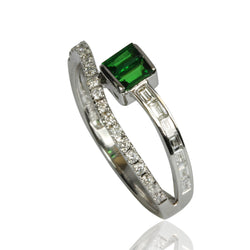 14k Gold Diamond & Tsavorite Ring