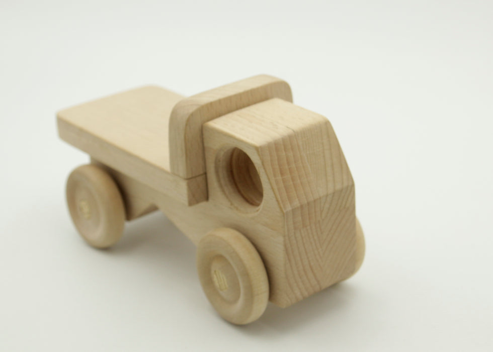Wooden Toy Truck - inndi