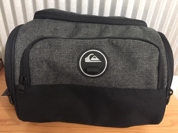 EQBL03150 CAPSULE TOILETRY BAG