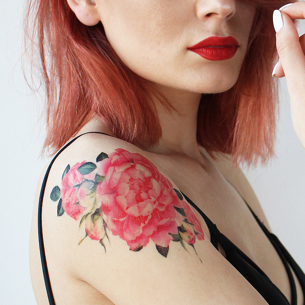 shoulder watercolor tattoo
