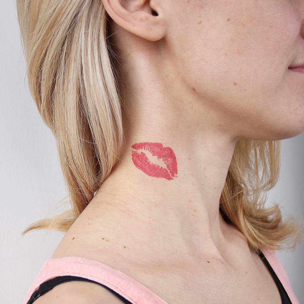 red lips tattoo on neck