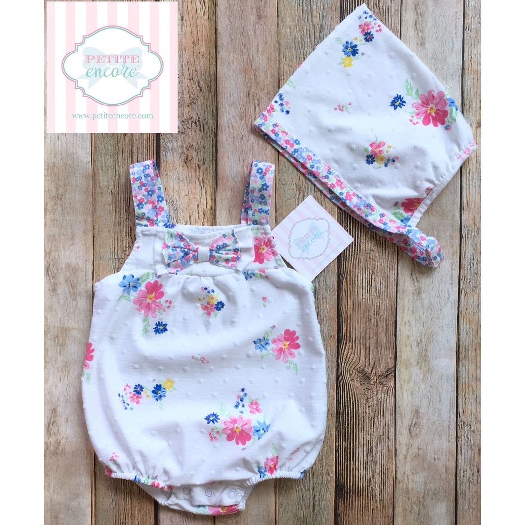 One piece with bonnet 3-6m