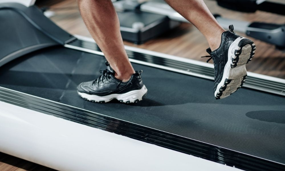 Top Mistakes When Using a Treadmill To Avoid