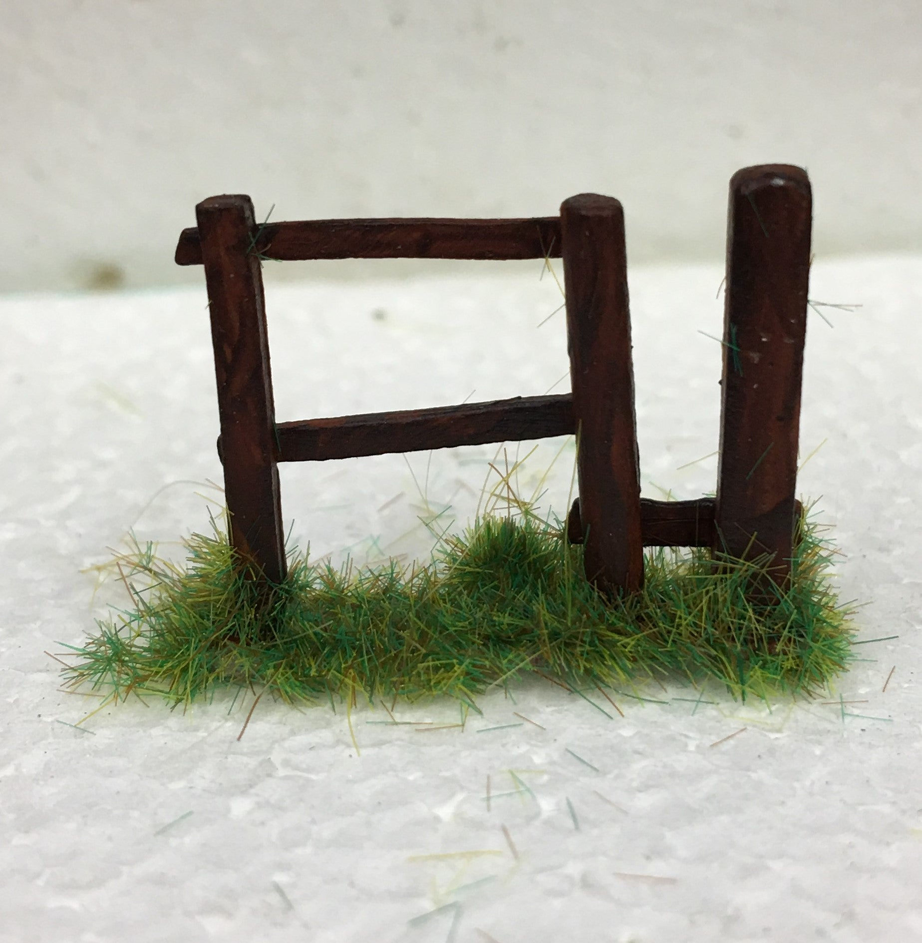 MODEL SCENERY FENCE STYLES WHITE METAL 'OO' GAUGE TYPE 3