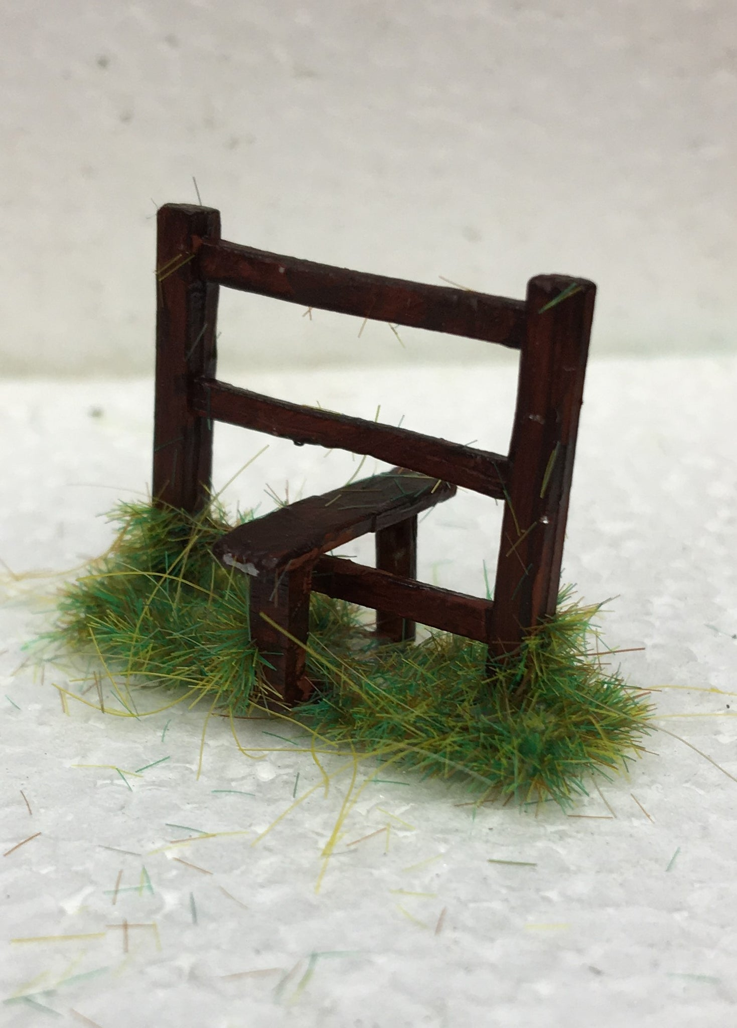 MODEL SCENERY FENCE STYLES WHITE METAL 'OO' GAUGE TYPE 1