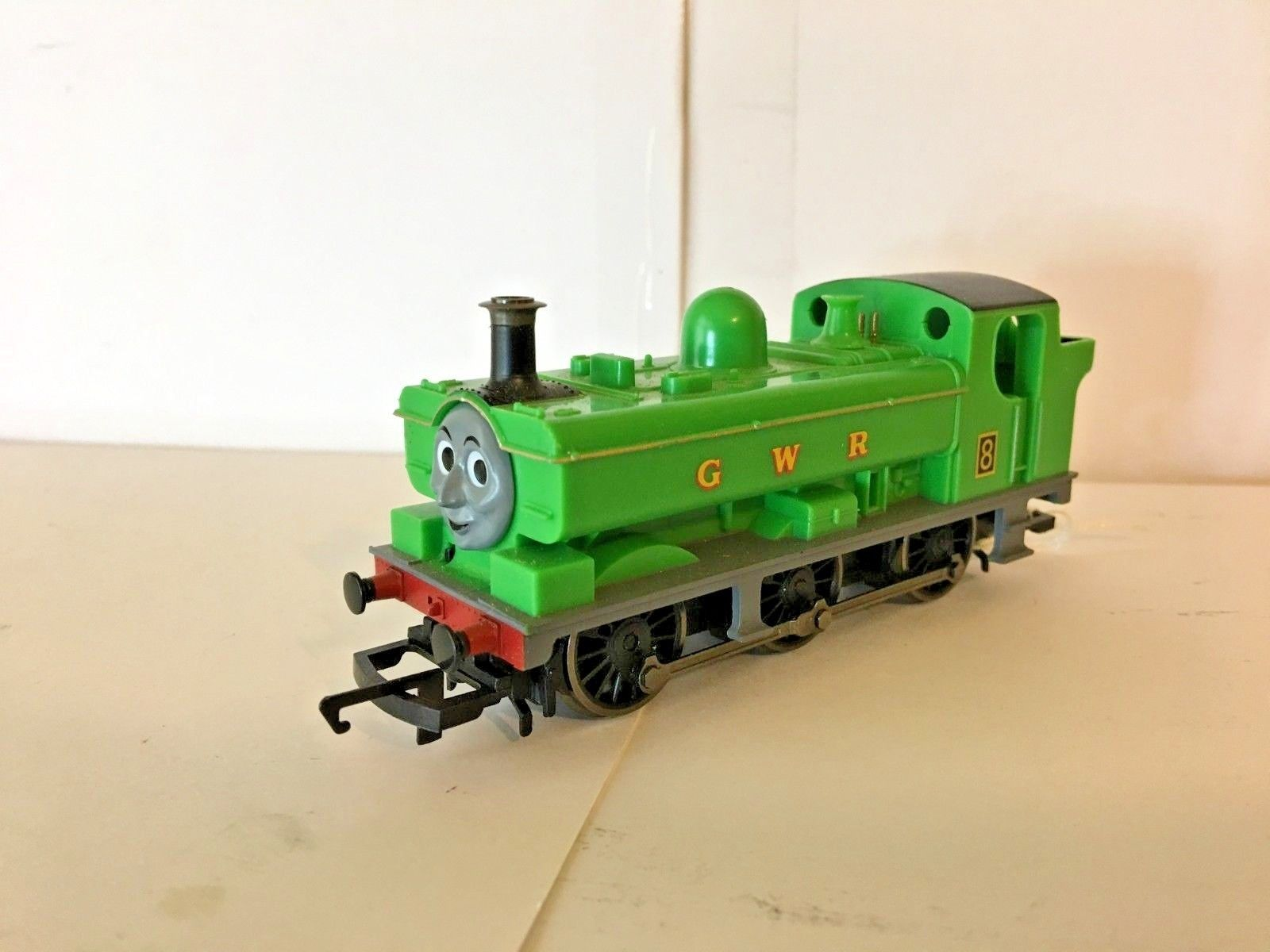 HORNBY THOMAS TANK ENGINE No 8 DUCK