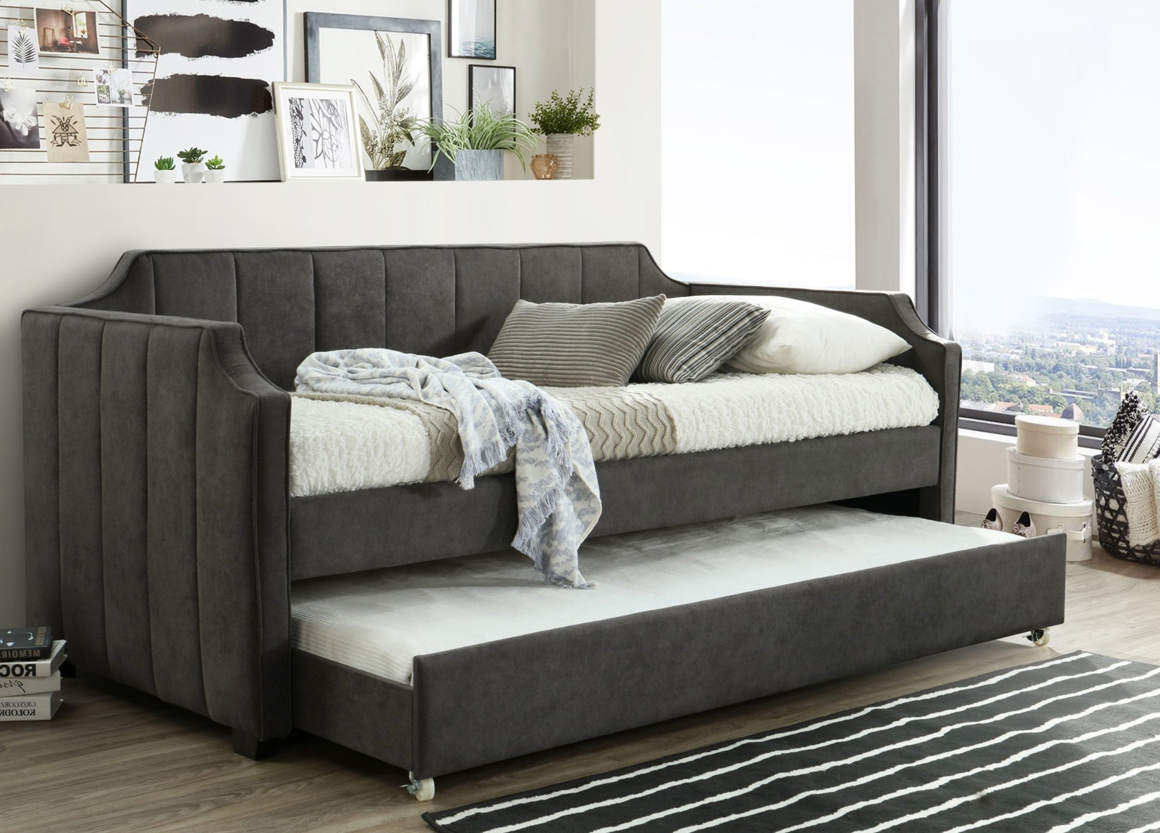 Lemor Single Day Bed with Pull out Trundle
