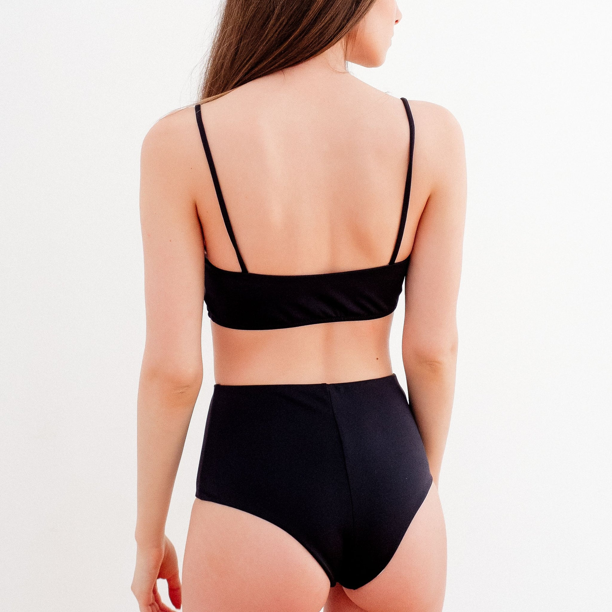 The CHILL Swim Top | Black | NALU