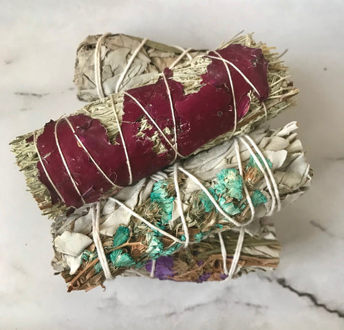 Mini Sage Floral Wrapped Smudge Bundle - Shaun Leon Beauty