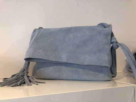 ENVELOPE STYLE BAG WITH LONG STRAP