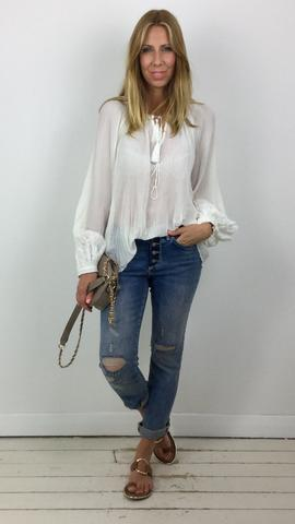 PLEATED TIE NECK BLOUSE