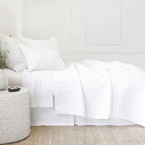 Coverlets & Bedspreads