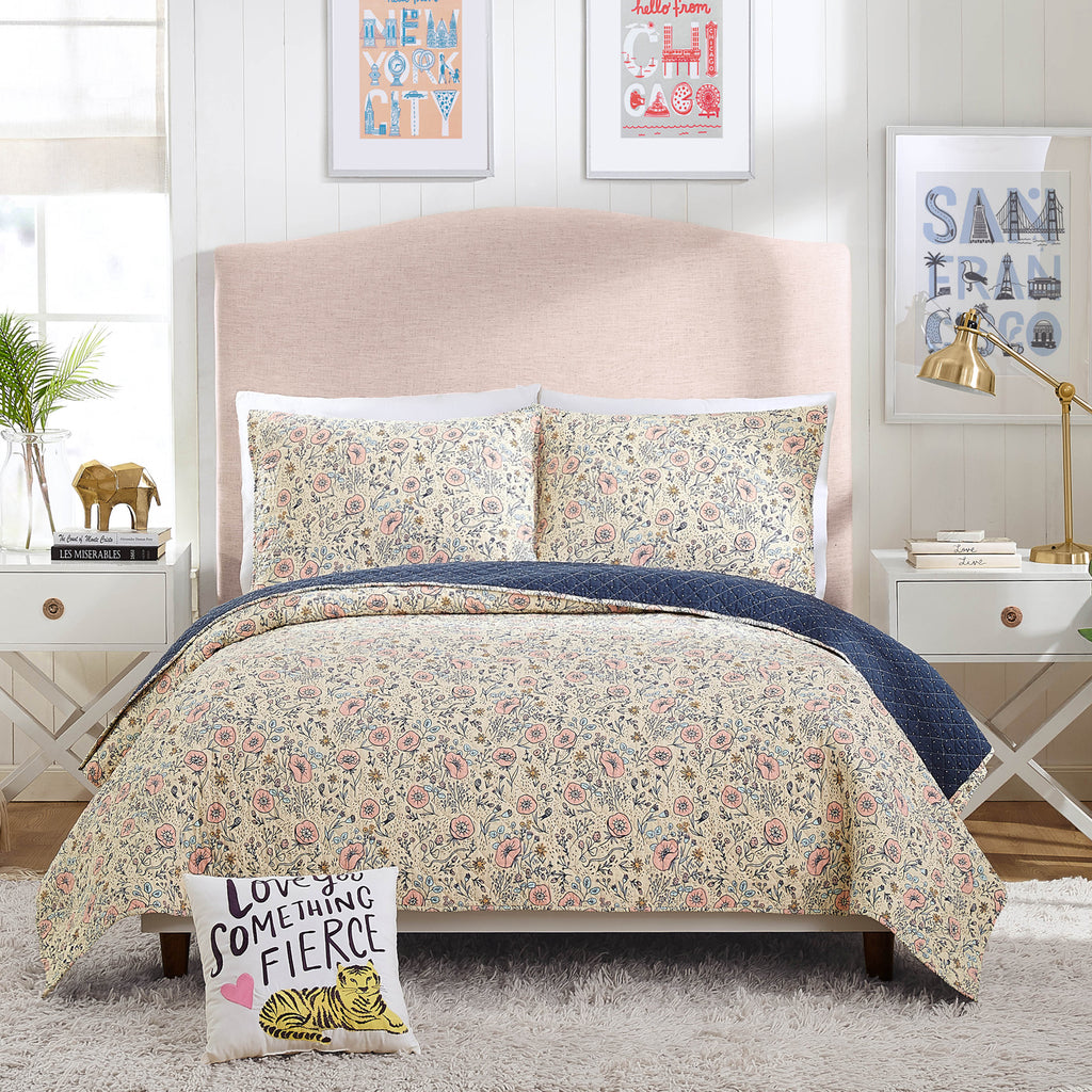Hello Lucky Provencal Poppies Quilt Set