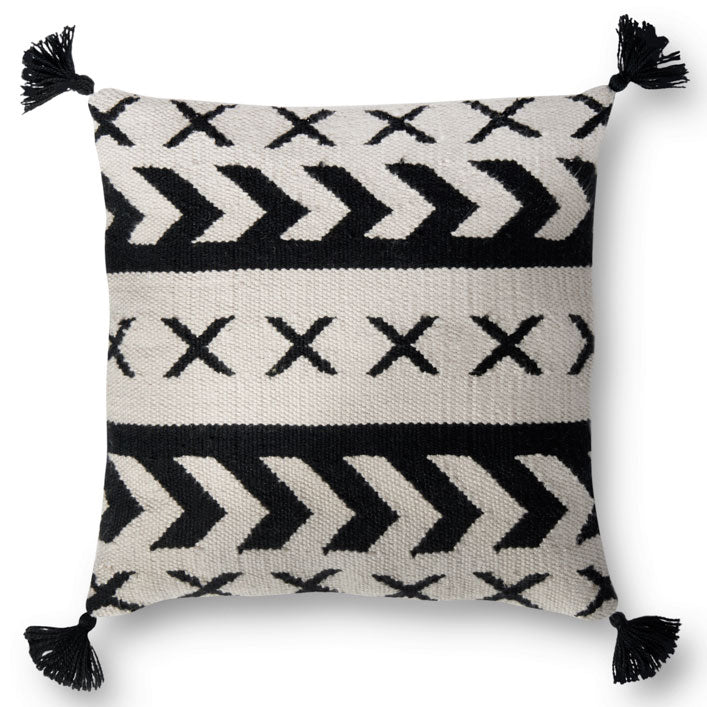 Loloi Tassel Black Indoor/Outdoor Pillow Set of 2