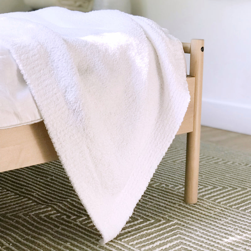Kashwere Solid Bed Blanket