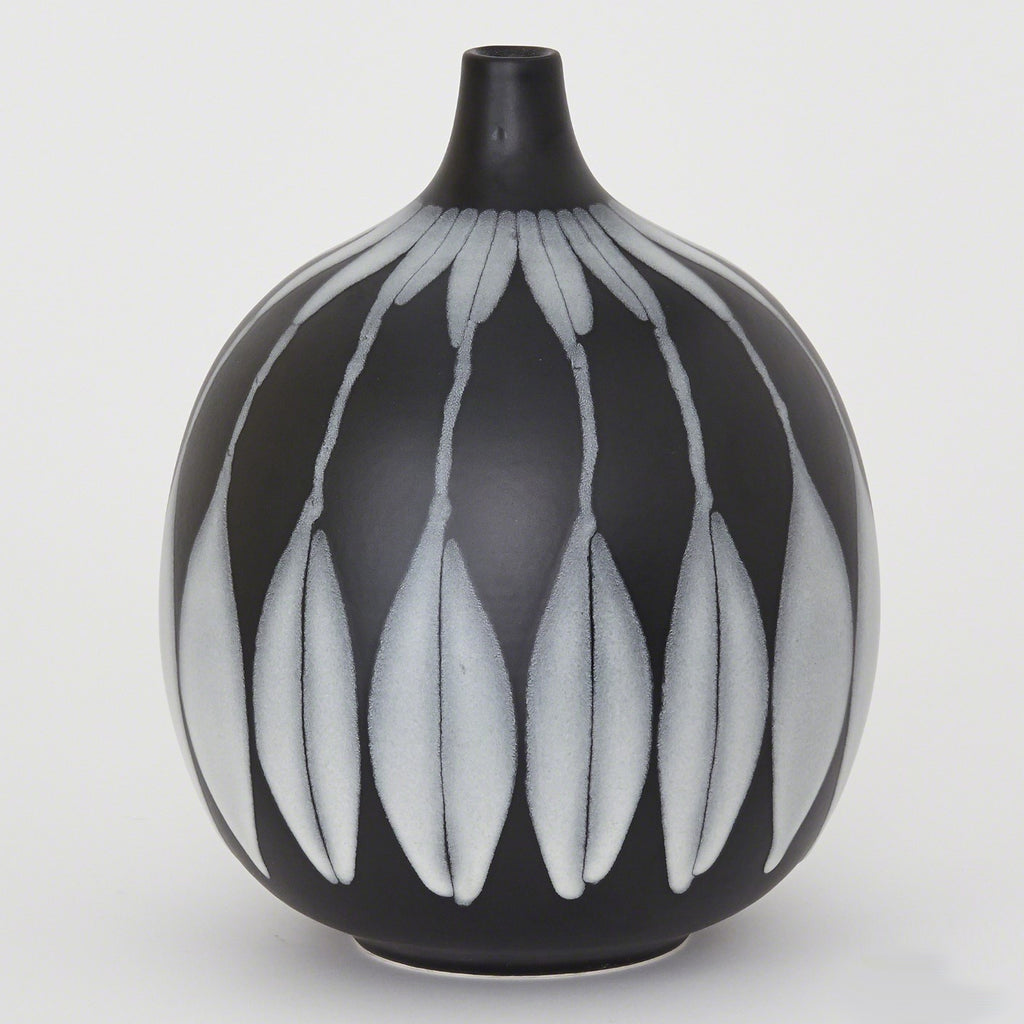 Global Views Forni Vase