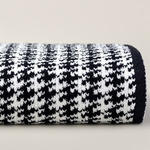 Kashwere Houndstooth Throw Blanket