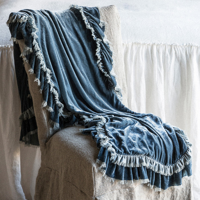 Bella Notte Loulah bedding collection