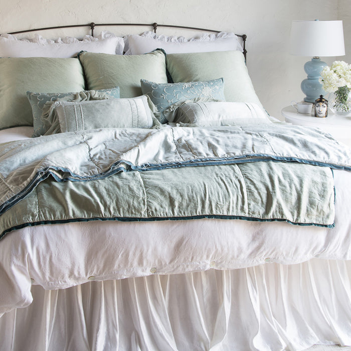 Bella Notte Paloma bedding collection