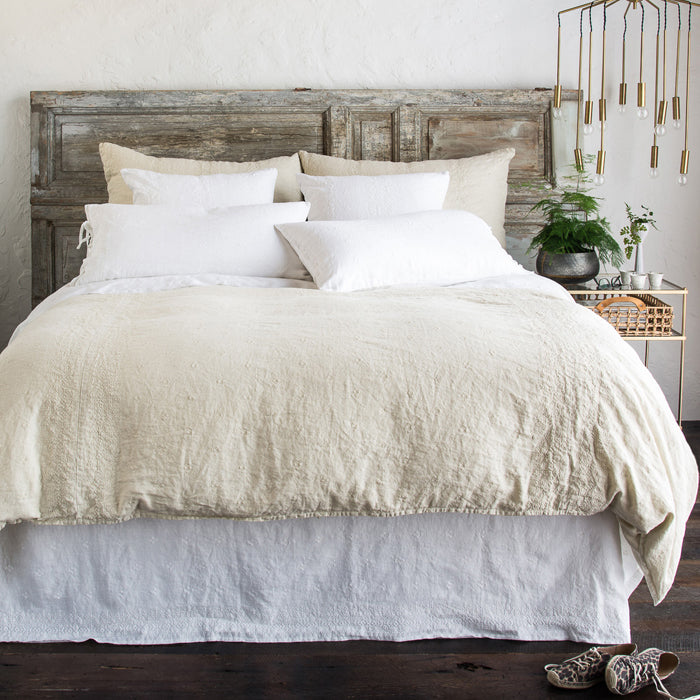 Bella Notte Ines bedding collection