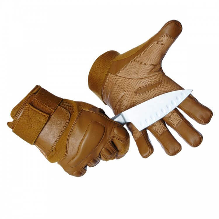 Titan Depot COYOTE GLOVES WITHOUT KNUCKLE PROTECTION blade demo